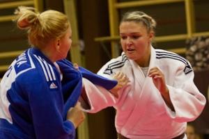 Daniela RAINER startete bei U18 EM