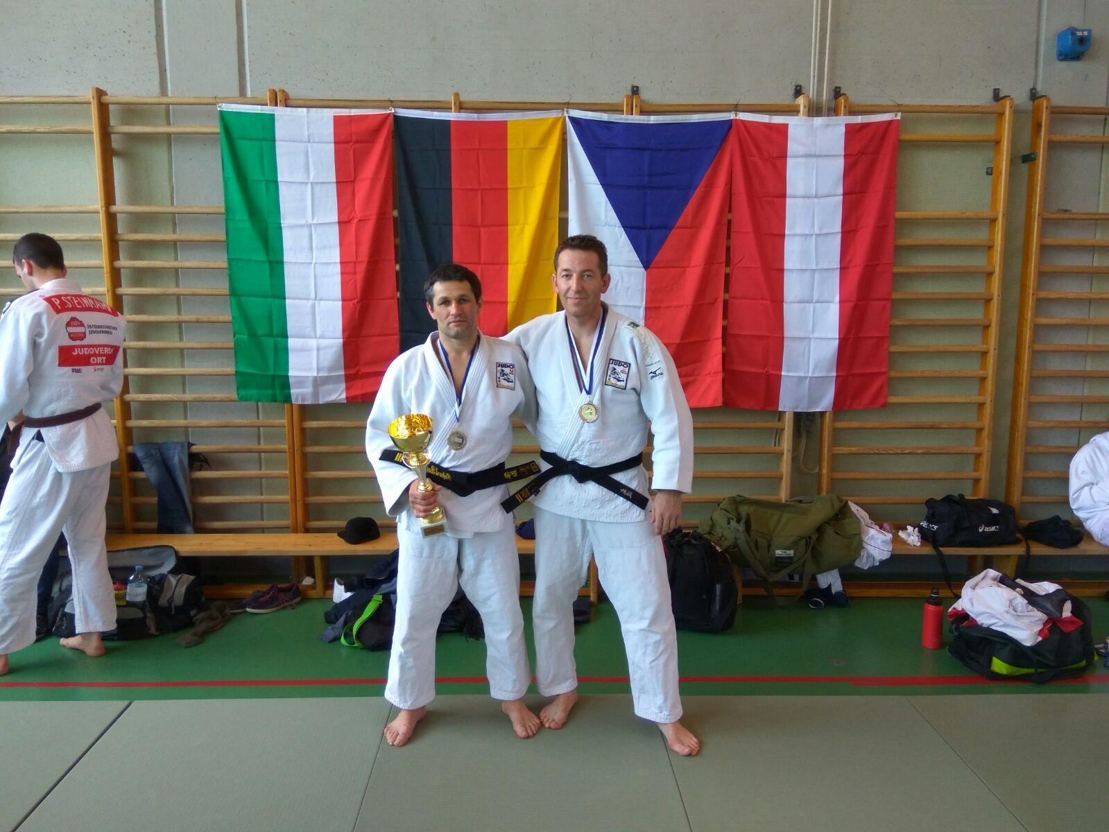 Sieg und ein dritter  Platz beim int. Gallia Judoturnier
