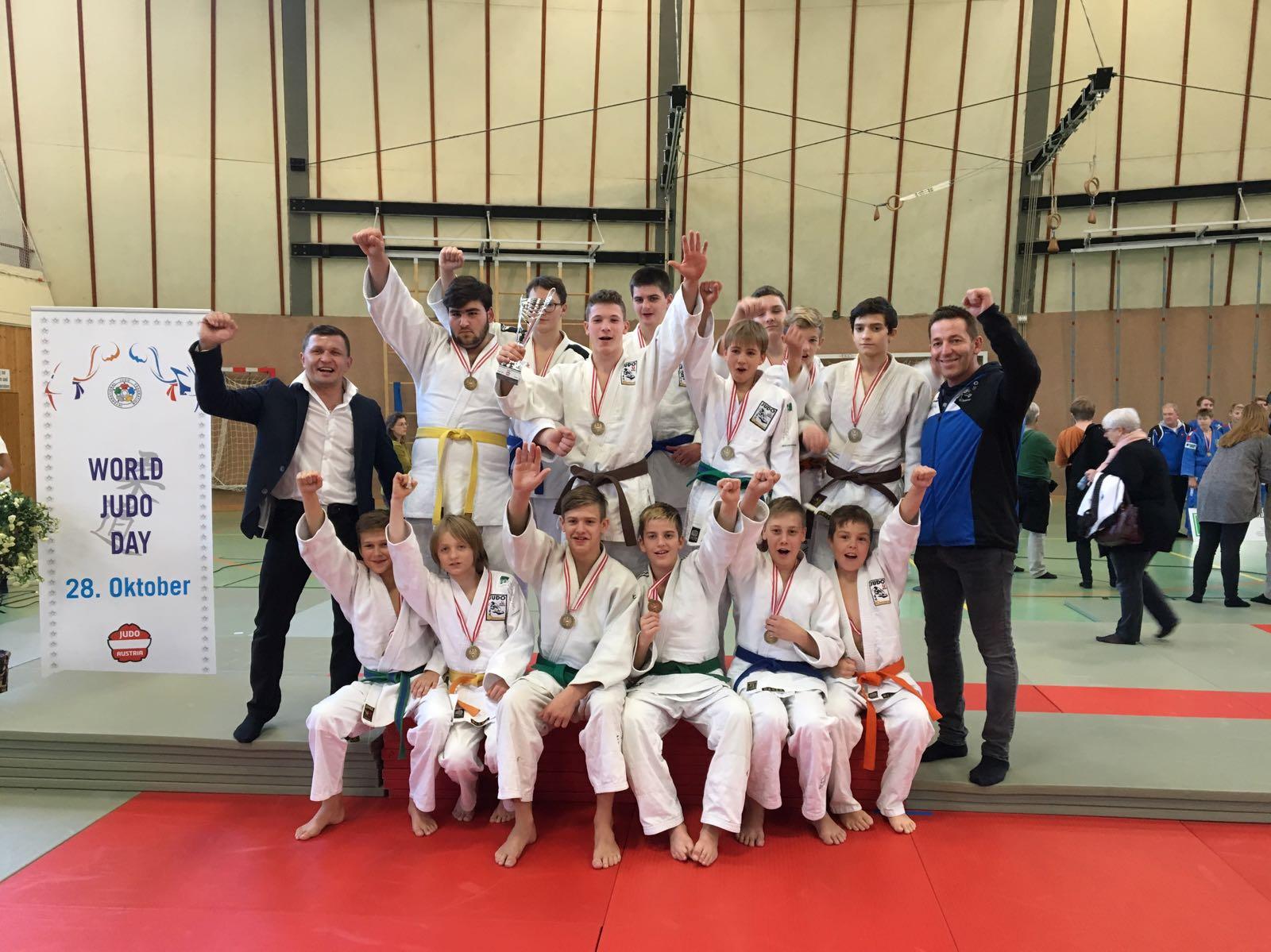 toller 3 Platz bei den österreichischen Schülermannschaftsmeisterschaften in Wien