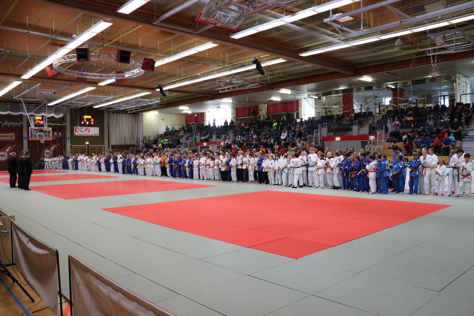 Top Leistung unserer Nachwuchshoffnungen beim Int. Judoturnier Colop Masters für U12 – U16 in Wels