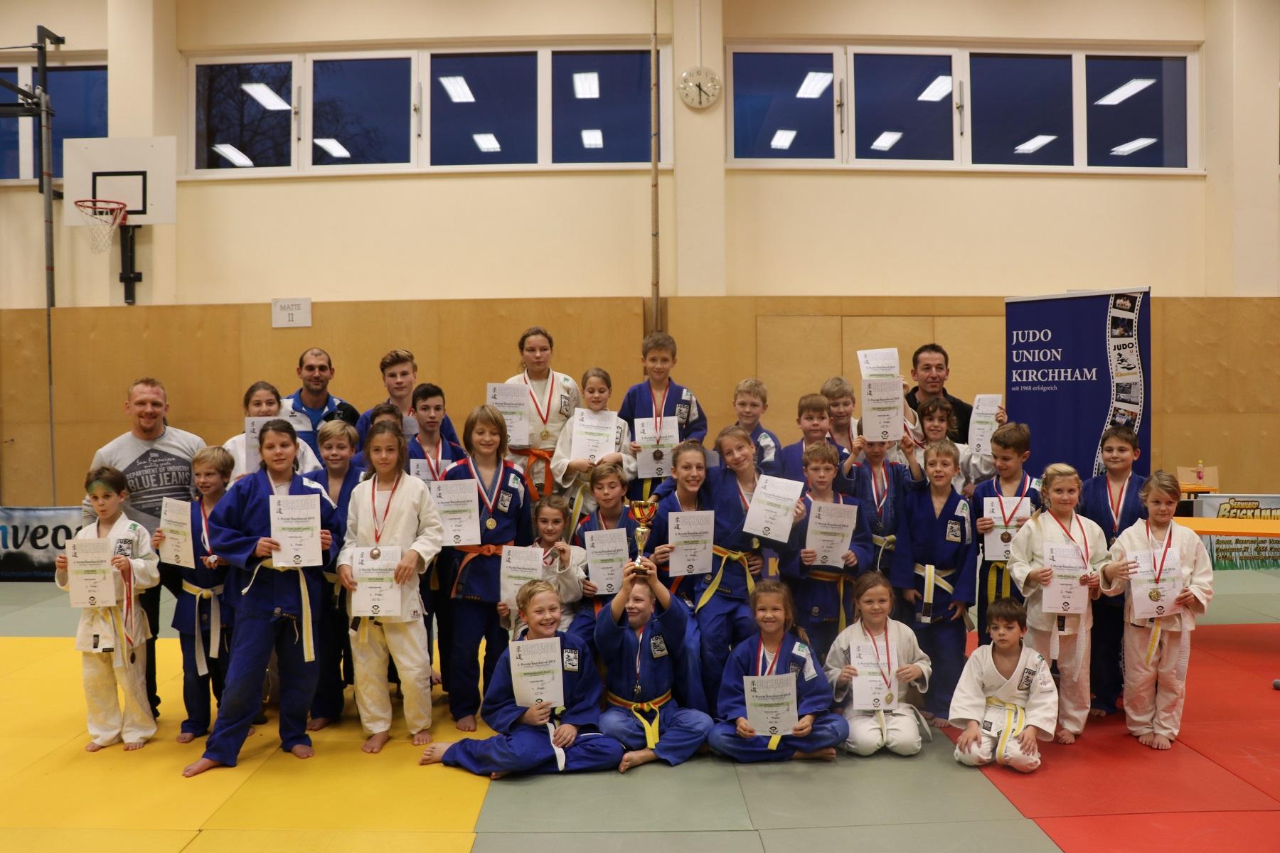 Ausgezeichnete Leistung von unseren jungen Judokas bei der 3. Runde im Bezirkscup in Kirchham.