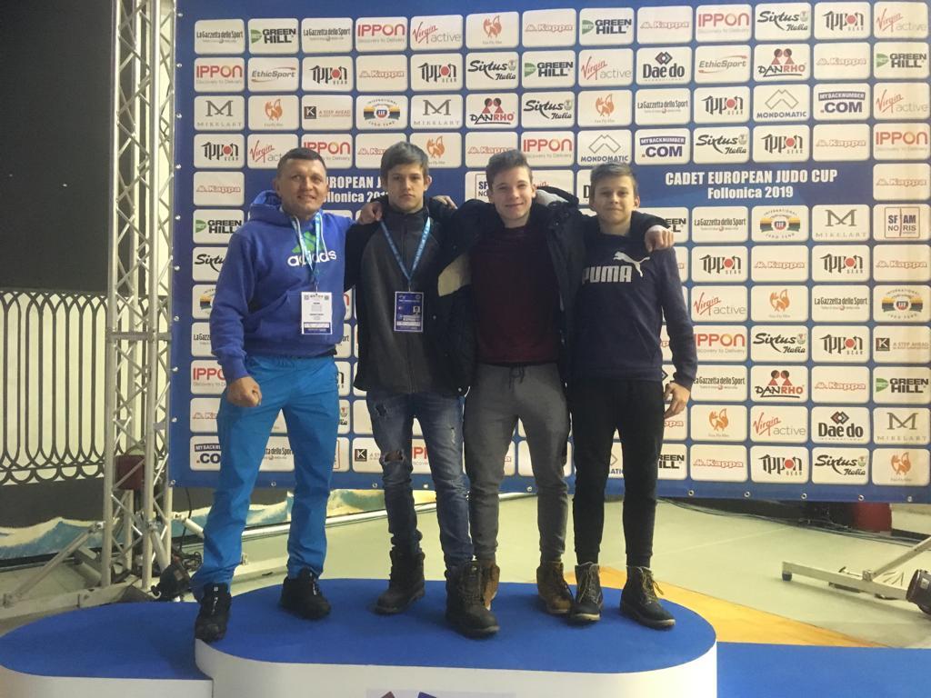 3 Nachwuchskämpfer starteten beim U18 Europacup in Follonica