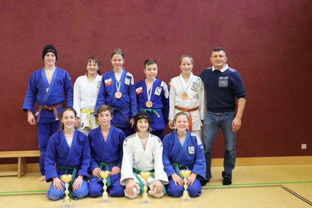 Ausgezeichnetes Ergebnis mit vier 1. Plätzen beim RAPSO Cup U16 in Alkoven
